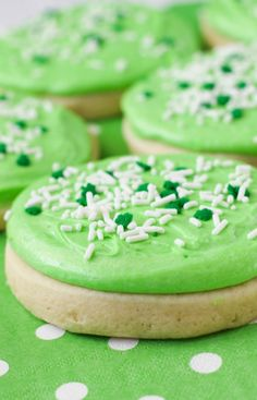 """#sugar #cookies #dessert #delicious These """"lofthouse style"""" sugar cookies are seriously amazing! The name is spot on. When I heard heavenly, I thought of a, soft, light, melt in your mouth sugar cookie and that is exactly what these are. No need to ever buy the store bought version again! Roast Recipes, Ramen Recipes, Broccoli Recipes, Sausage Recipes, Steak Recipes, Shrimp Recipes, Turkey Recipes, Pizza Recipes, Keto Recipes"""
