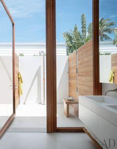 Pretty Beach Bathroom