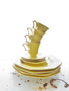 Vintage Sunny Yellow Dishes by RuebiRetro on Etsy, $20.00
