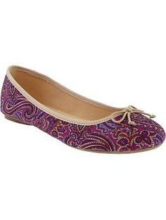 Have no need for paisley shoes and can't really come up with anywhere to wear them, but these are awesome.