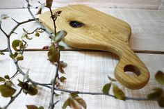 www.strasnichandcrafted.ro Our Strasnic platters/ boards, bring a rustic touch to modern kitchens that throwback to the warm scenes of the past, but also can be a special gift to be given at anytime.   They are handmade and naturally finished with tung oil and beeswax so that, as the name implies, they will withstand the test of the time. Platter Board, Tung Oil, Modern Kitchens, Special Gifts, Kitchen Design, The Past, Boards, It Is Finished, Touch