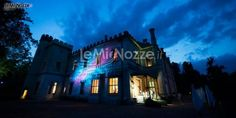 http://www.lemienozze.it/operatori-matrimonio/wedding_planner/serena_obert/media/foto/2  Una location matrimonio magica e splendida: un castello illuminato
