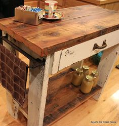 7 Things You Can Make at Home with Repurposed Wood With a little bit of creativity, you can turn just about anything into an art project. Repurposed wood is one of the most popular DIY materials becaus. Pallet Furniture, Rustic Furniture, Furniture Makeover, Painted Furniture, Furniture Design, Pallet Beds, Furniture Cleaning, Furniture Shopping, Furniture Vintage