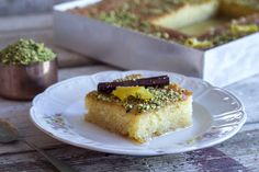 Greek Ravani recipe by Greek chef Akis Petretzikis. This traditional Greek dessert is a moist and flavorful sweet semolina cake soaked in an aromatic syrup! Greek Sweets, Greek Desserts, Greek Recipes, Semolina Recipe, Semolina Cake, Sweets Recipes, Gourmet Recipes, Cooking Recipes, Greek Cooking