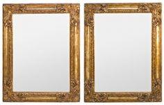 Pareja de espejos con marcos en madera tallada y dorada de Pierre Lottier, de la segunda mitad del siglo XX