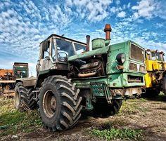 Auto Motor, Motor Car, John Deere 4320, Classic Tractor, Old Tractors, Ih, Motor Sport, Pictures To Paint, Russia