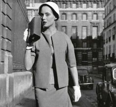 Jeanne Lafaurie has chosen a fine beige wool fabric by H Moreau et Cie for this very strict ensemble, it is without collar and is worn here with a beige and white striped jumper. Handbag by Kirby, Beard, and Co. Ladies Suits, Suits For Women, Stylish Womens Suits, Wool Fabric, New Look, Tweed, Muse, 1950s, Coats