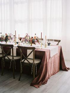 Mauve wedding table decor | Photography: Jamie Rae - http://jamieraephoto.com/