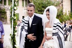 Happy Passover: A Jewish Wedding Theme