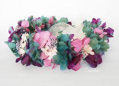Coconó Tocados - Coronas de Flores - Comunión - Novias — Corona de hortensias preservadas en tonos verdes y malvas