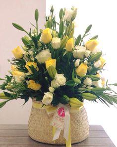 Gracias por las sonrisas que nos regalan cuando reciben nuestros #ArreglosFlorales, nos hacen el día!! #Flores #RegalaFlores #EntregasEspeciales #EnvíosFlorales #LaFleurBoutique