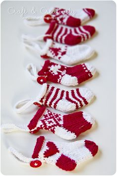 Miniature Christmas stockings | por Craft & Creativity
