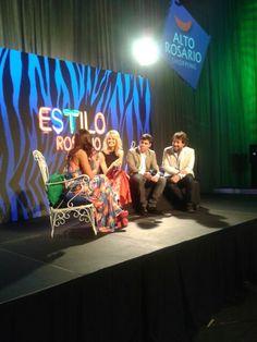 Liz Solari y Ricky Sarkany con #TopTV en #EstiloRosario