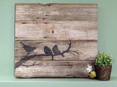 « Les oiseaux sur un arbre » cest une pièce à la main dart en bois de Grange 1900 s tôt récupéré. Ressemble beaucoup à un rebord/manteau ou accroché au mur. Le bois a la patine et le caractère naturel très agréable. Pefrect pour nimporte où dans la maison. Sablé de peinture acrylique noire. Mesure environ 26 haut x 29 Wide. Prêt de mur de se bloquer. Veuillez noter : En raison de la taille et le poids de cette pièce, frais de port sont élevés. Toutes mes pièces utilisent le bois de Grange…