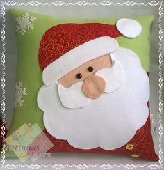 Christmas Applique, Felt Christmas Ornaments, Christmas Art, Christmas Projects, Handmade Christmas, Diy Cushion Covers, Decorative Pillow Covers, Christmas Cushions, Christmas Pillow