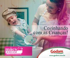 A cozinha pode ser o local ideal para um dia incrível ao lado dos seus filhos. Acesse: http://godam.com.br/cozinhando-com-as-criancas/