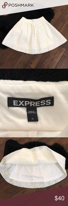 NWOT Express off white scuba skater skirt sz 0 New never worn skirt from Express. Zipper in the back for fastening. Slip under neath. Express Skirts Circle & Skater