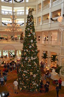 "Tour of the 9 ""Great Christmas Trees"" at WDW."