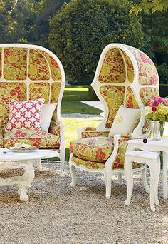 """Bordeaux Style Seating...i need this on a swivel chair with a big,fat,housecat in my lap """"ive been expecting you"""""""
