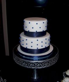 Amazing navy blue wedding cakes 91