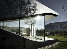Mirror Houses : Minimalist houses by Peter Pichler Architecture