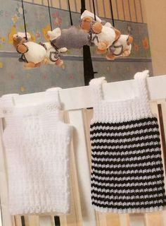 Camisetitas y bombachos para bebés para el verano (lomargo) Crochet Patron, Christmas Stockings, Knitting Patterns, Album, Holiday Decor, Bb, Baby Dresses, Margarita, Vests
