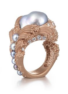 """Ornella-Iannuzzi - British jewelry designer, whose masterpiece ring «Uprising» («Mutiny"""") received at a ceremony not one, but two awards: the gold from the guild jewelers and an award from the IJL in category """"Precious jewelry."""" The ring was made entirely by hand, starting with the creation of wax model and finishing casting ring of 18 karat gold, diamonds and pearls"""