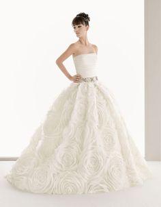 Ball gown strapless chapel train glamorous organza wedding dress $665.00
