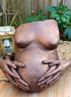 Lifecasting and family hand and body casting studio in Seattle, WA Pregnancy Crafts, Pregnancy Art, Pregnancy Photos, Pregnancy Belly, Pregnancy Announcements, Pregnant Belly Cast, Pregnant Belly Painting, Belly Cast Decorating, Bump Painting