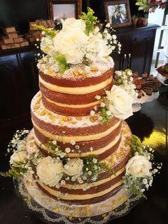 Wedding Boho Cake Simple For 2019 Wedding Reception Food, Wedding Cake Rustic, Rustic Cake, Boho Wedding, Wedding Cakes, Wedding Dress, Wedding Bouquet, Garden Wedding Decorations, Wedding Themes