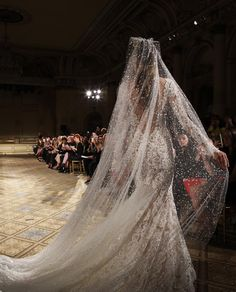 One of the most important complementary to the bridal dress is the wedding veil. If you want a magical look you should definitely consider using the veil. Trendy Wedding, Perfect Wedding, Wedding Styles, Berta Bridal, Bridal Gowns, Bridal Headpieces, Bridal Hair, Wedding Veil, Wedding Attire