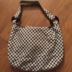 Black & White Bag Black & white bag. Bags Satchels