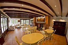 Lugar de reuniones, tiempo de conversaciones y relax.... HACIENDA ROCHE VIEJO www.villasflamenco.com CONIL DE LA FRONTERA