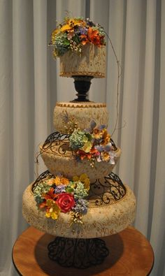Garden Spring Summer Vintage Champagne Gold Ivory Multi-shape Wedding Cakes Photos & Pictures - WeddingWire.com