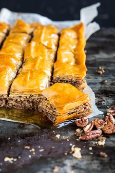 Baklava Turkish Recipes, Greek Recipes, Ethnic Recipes, Cake Cookies, Cupcake Cakes, Just Desserts, Dessert Recipes, Cravings, Food And Drink