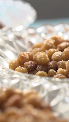 Pois chiches apéro - Health and wellness: What comes naturally Tapas, Diabetic Recipes, Healthy Recipes, Fingerfood Party, Ratatouille, Healthy Foods To Eat, Finger Foods, Food Videos, Entrees