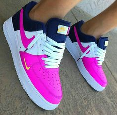 Match the girls js Sneakers Mode, Cute Sneakers, Sneakers Fashion, Shoes Sneakers, White Nike Shoes, Nike Air Shoes, Air Force One Shoes, Nike Air Force Ones, Slip On Tennis Shoes