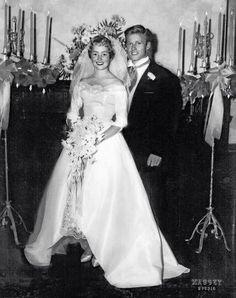 Robert Redford e Lola Van Wagenen nel giorno del loro matrimonio.