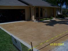 After: Now this boring driveway has real curb appeal that makes this house really stand out. Concrete Dye, Stamped Concrete, Concrete Coatings, Outdoor Ideas, Backyard Ideas, Outdoor Decor, Design Strategy, Before And After Pictures, Curb Appeal