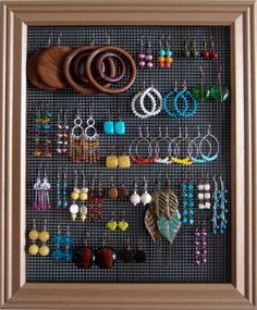 Earring Organization:  Use an old picture frame and some plastic canvas to finally organize all those earrings!