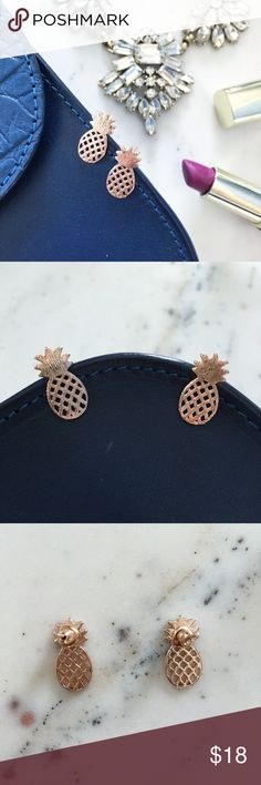 """Alani"" Earrings 