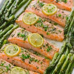 One-Pan Salmon Asparagus recipe with a lemon-garlic-herb butter. Every bite is s… One-Pan Salmon Asparagus recipe with a lemon-garlic-herb butter. Every bite is so juicy and flavorful! A reader favorite, salmon dinner. trying new recipes Easy Healthy Dinners, Healthy Recipes, Delicious Meals, Weeknight Dinners, Dinner Healthy, Healthy Asparagus Recipes, Keto Recipes, Healthy Meals For Two, Healthy Summer