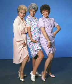 "Betty White, Vicki Lawrence and Rue McClanahan in character from ""Mama's Family,"" the successful spin-off from the Carol Burnett Show. Betty White, Old Tv Shows, Movies And Tv Shows, 80s Shows, Rue Mcclanahan, Estelle Getty, Vintage Television, Family Tv, Purple Aesthetic"