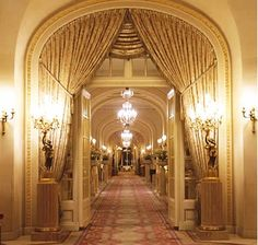 Elle's Parisian Chic: Ritz London September 2012