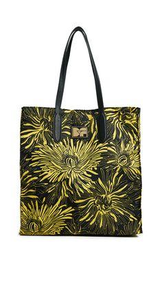 DIANE VON FURSTENBERG NYLON TOTE. #dianevonfurstenberg #bags #leather #hand bags #nylon #tote #