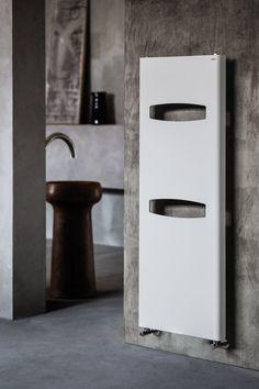 Radiador decorativo vertical de pared MASK by CALEIDO by Co. Ge. Fin