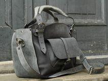 torebka skórzana kuferek z kop. i długim paskiem
