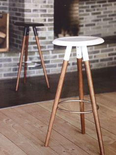 Modern bar stools to line your sleek breakfast bar or kitchen counter. From adjustable stools to leather seats. Find BoConcept bar stools here - BoConcept Boconcept, Bar Chairs, Table And Chairs, Painted Furniture, Furniture Design, Designer Bar Stools, Stool Chair, Chair Cushions, Modern Bar Stools