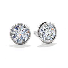 Hearts On Fire S Beautiful Obsession Stud Earrings Weddinglooks Heartsonfire Myhofweddinglook Gemstone