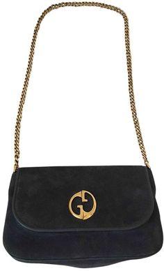 616479bb301819 GG Marmont Pearly Leather Clutch Bag #fashion #pandafashion #clutch ...